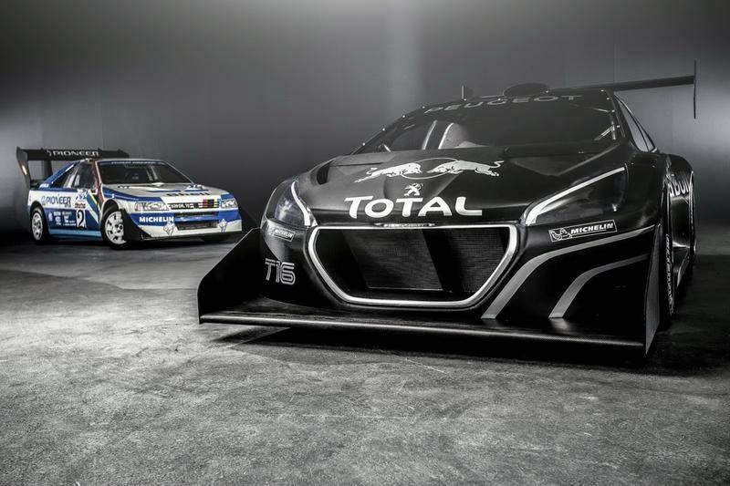 Peugeot au pikes peak 2013 avec une 208 T16 et Sebastien Loeb