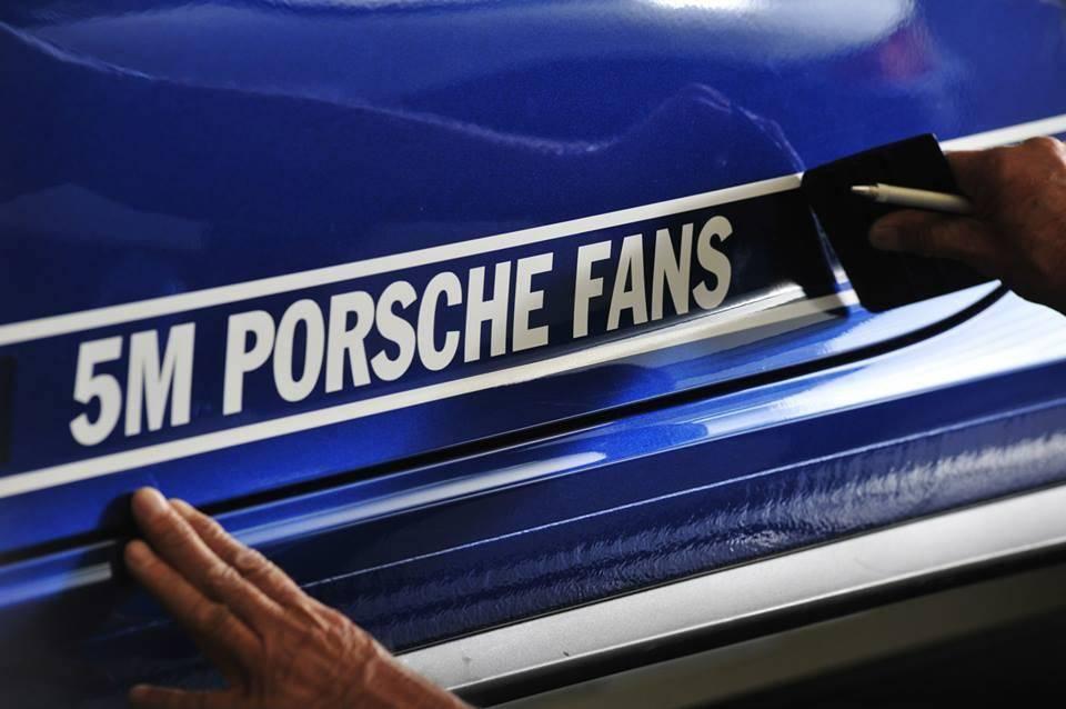 Autocollant 5 Million Porsche Fans